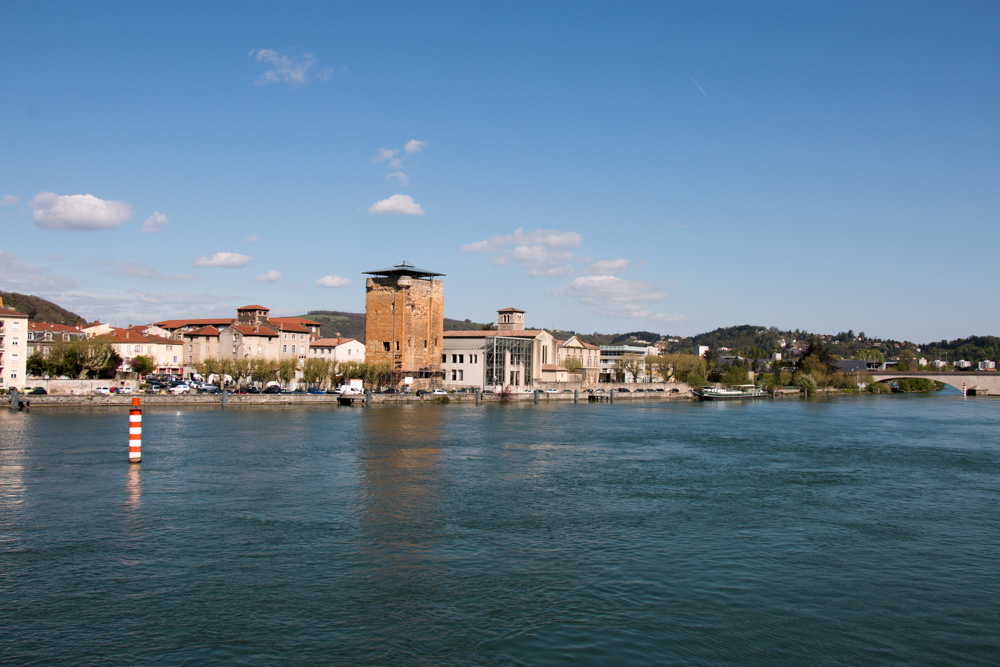 Rhône vue de Vienne vers le Nord