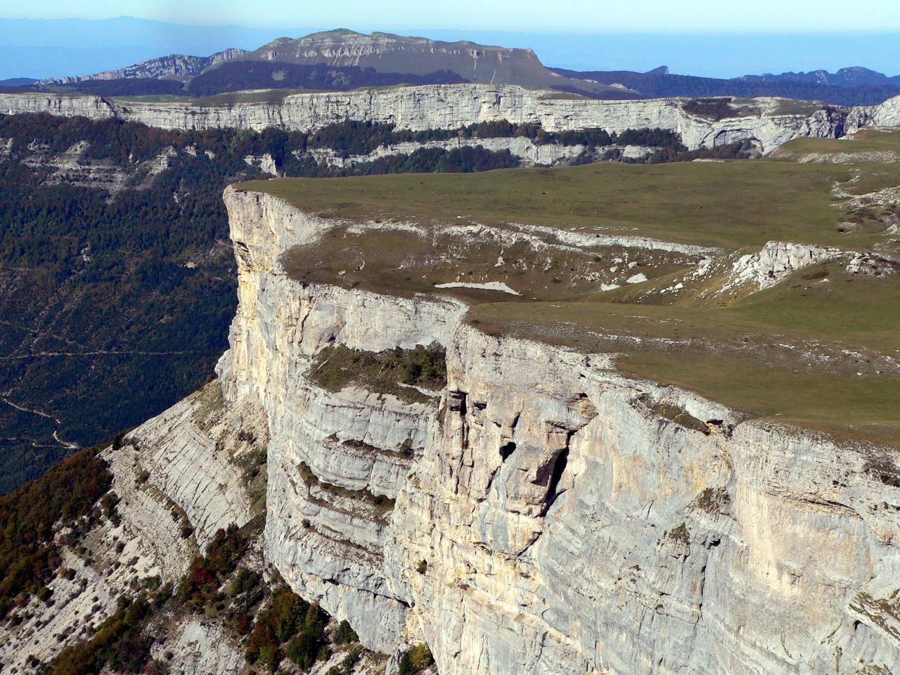 bord sud des gagères (au fond roc de toulaud)
