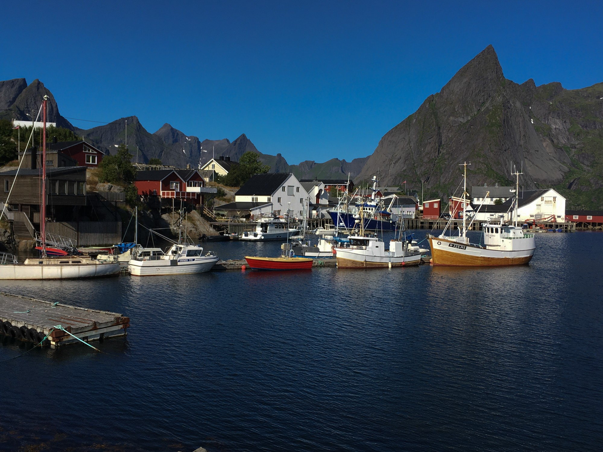 le port des îles LOFOTEN