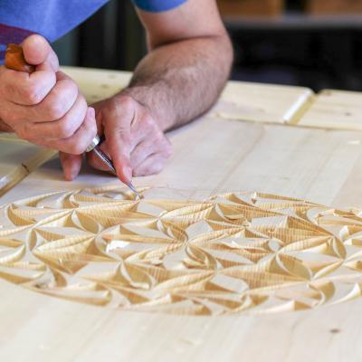 sculpteur sur bois queyras