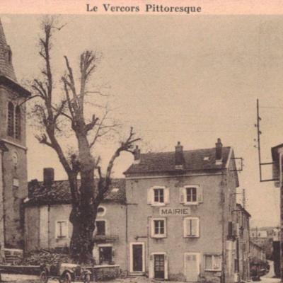 Place du village Saint Martin en Vercors