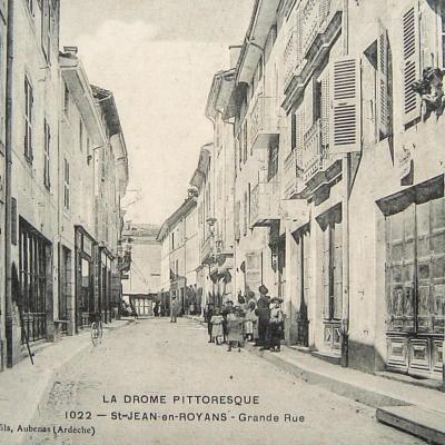 Saint Jean en Royans Grande rue