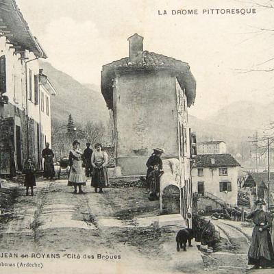 Saint Jean en Royans Cité des Broues