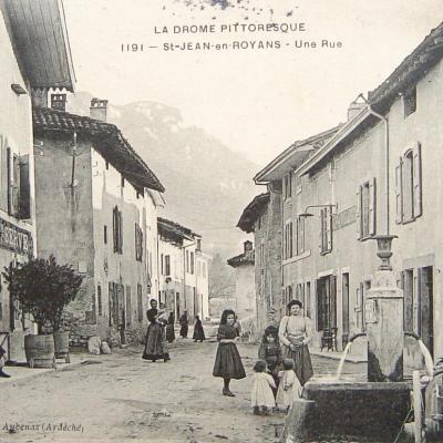 Saint Jean en Royans une rue